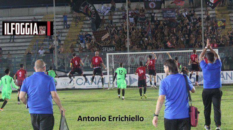 Brindisi-Foggia: riviviamo le emozioni della vittoria dei rossoneri con il fotoracconto tratto dalle immagini di Antonio Errichiello